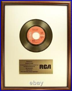 Charley Pride Kiss An Angel Good Mornin' 45 Gold Non RIAA Record Award RCA