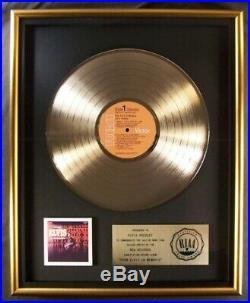 Elvis Presley From Elvis In Memphis LP Gold RIAA Record Award RCA Records