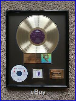 Eric Johnson Ah Via Musicom RIAA Gold Record Award Guitar