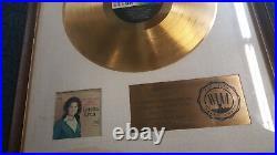 Loretta Lynn Don't Come Home' Riaa Gold Record Award Presented Decca Records