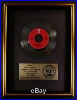 Queen Another One Bites The Dust 45 Gold RIAA Record Award Elektra Records