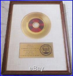 Riaa Otis Redding (sittin' On) The Dock Of The Bay Gold Record Award
