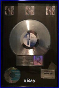 Richard Marx Triple Platinum RIAA Gold Record & Casette Award. EMI Records