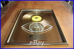 Tina Turner Deutsche Gold 12 Award GoldenEye 250.000 units verkauft